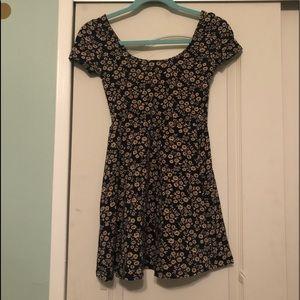 Forever 21: Women's Dress